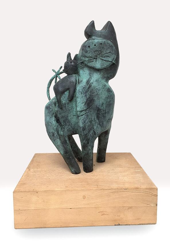 Gatos bronze Angeles Nieto